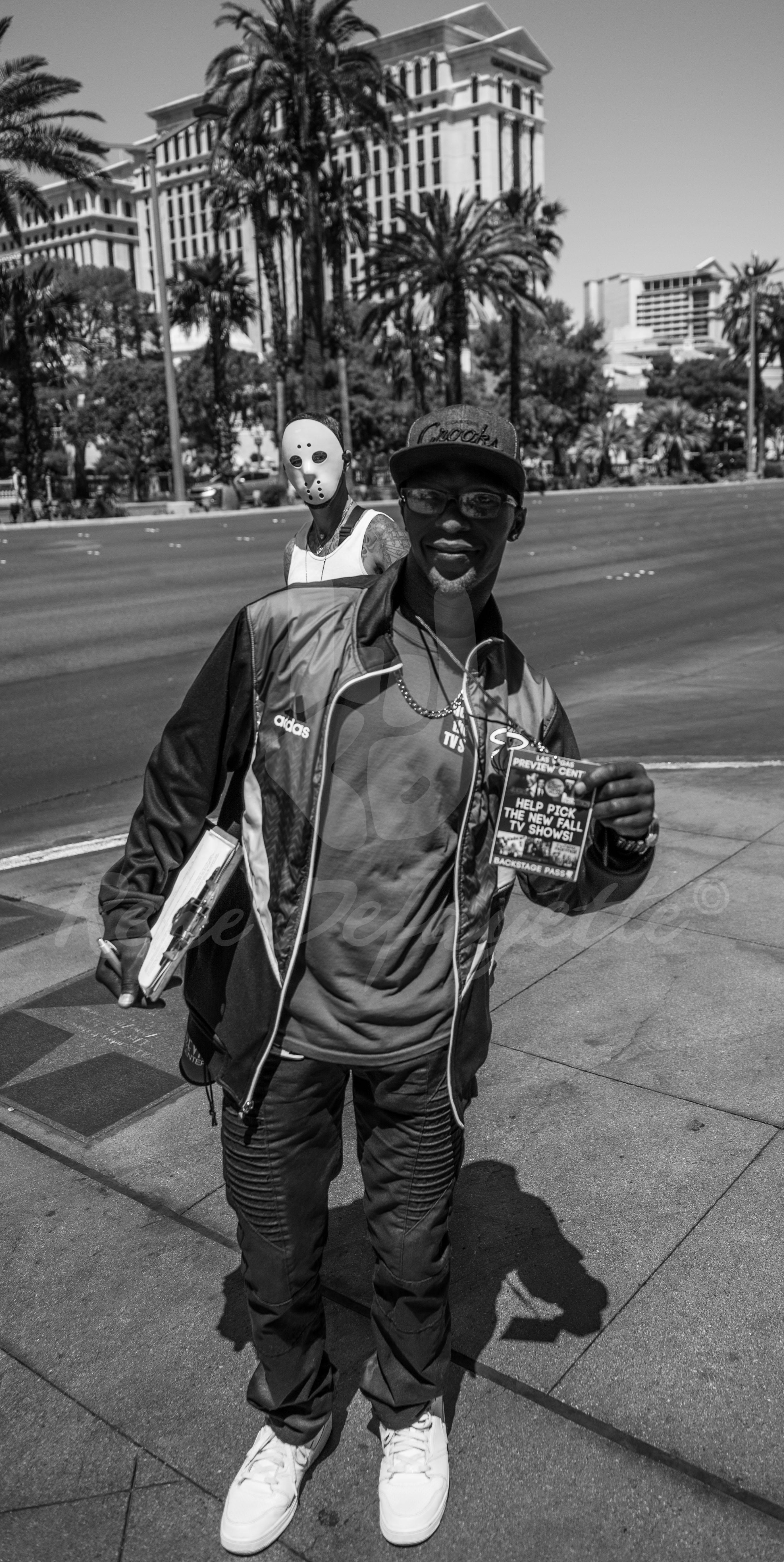 Photo Las Vegas Jason Mask Streetphotography T1 1040636