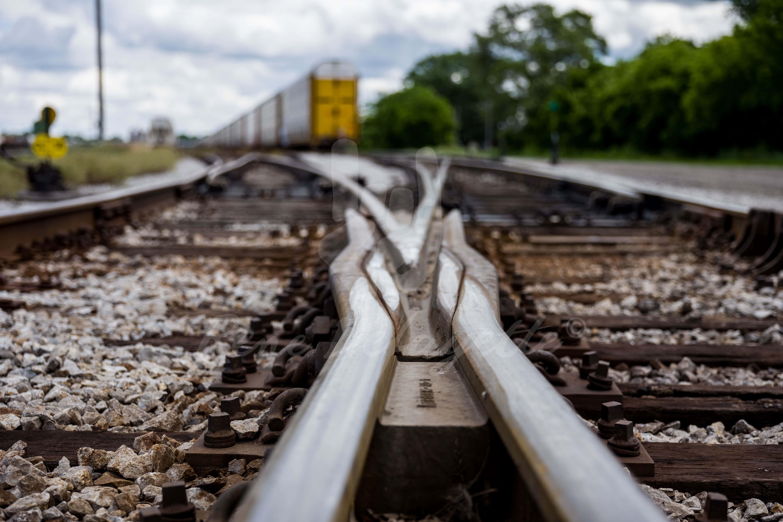 Photo London Ontario Train Tracks Streetphotography T2 1000168